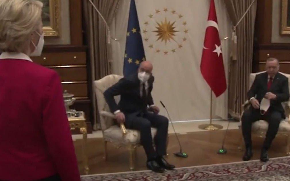 Ankara val bene uno schiaffo