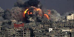 Gaza bombardata